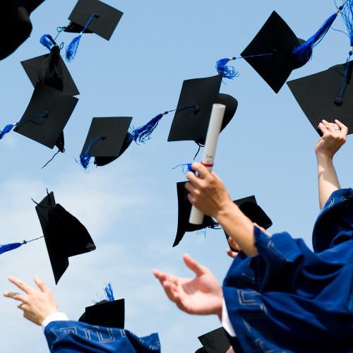 Висше образование в България